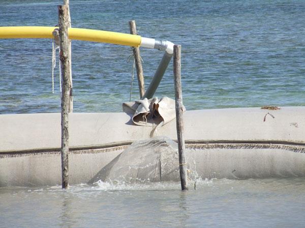 Geo-Tubes installed at Boca del Rio Park