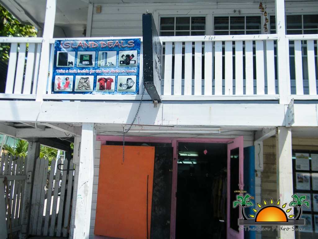Island Deals Burglarized-6