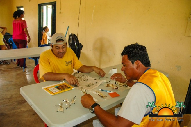 Lions Donate Eyeglasses in South Belize-17