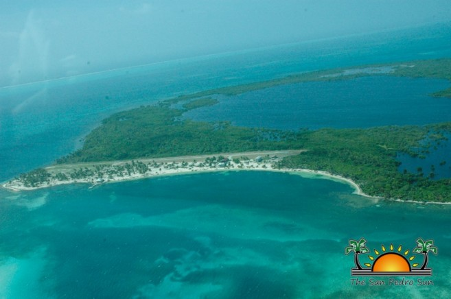 Puerto Azul Location Islands Northern Two Caye UNESCO Blue Hole Atoll-1