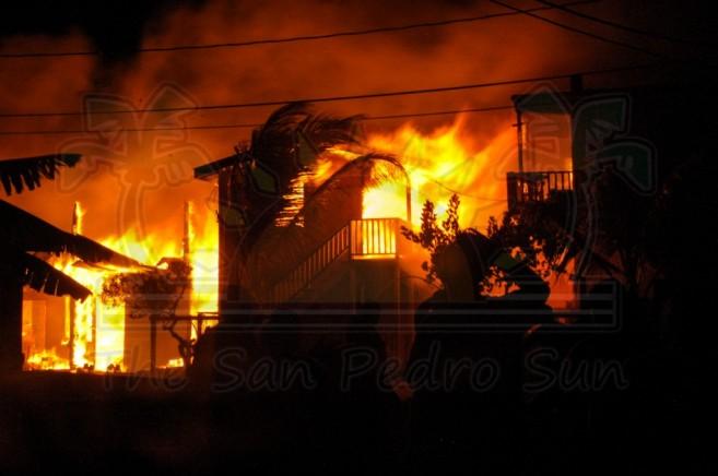 Boca Del Rio Fire San Pedro Ambergris Caye-15
