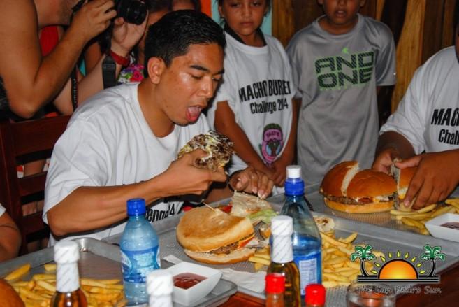 Elvis Kitchen 2014 Macho Burger Challenge-13