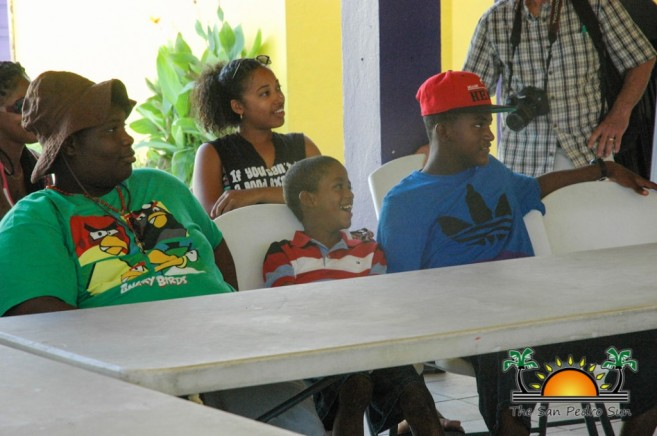 Kids Meet Sharks Southside Belize City-4