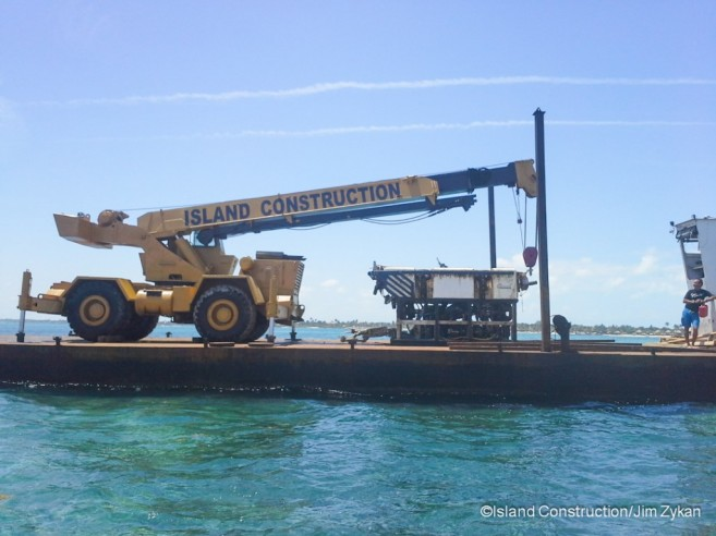 Submersible Removed Barrier Reef-4