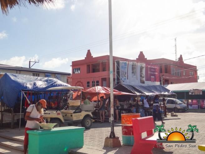 Street Park Vendors Local Crafts-2