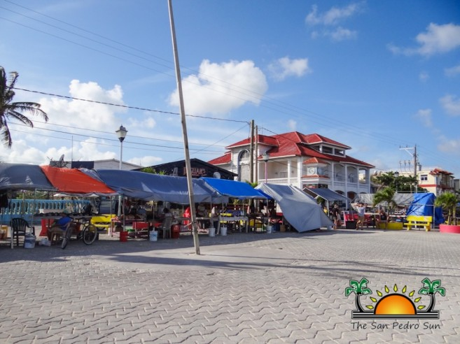 Street Park Vendors Local Crafts-3