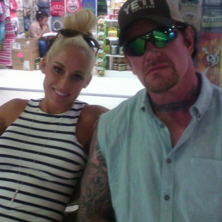 WWE Superstars vacation in San Pedro - The San Pedro SunMichelle Mccool And Undertaker 2013