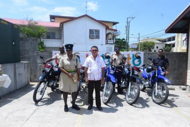 34 Heredia donates to Tourism Police