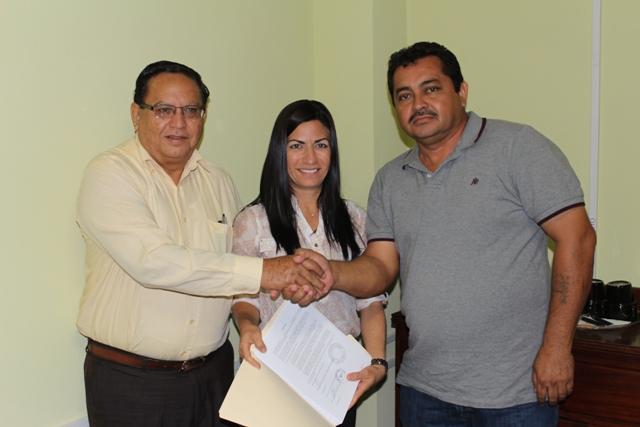 Ambergris Stadium Contract Signing (1)