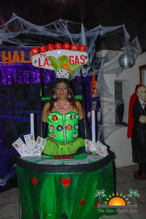 Holiday Hotel Halloween 2015 Bash Costume-41