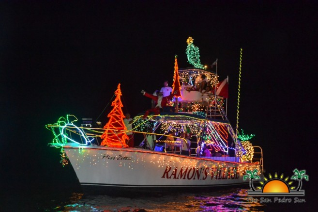 2015 Christmas Lighted Boat Parade-1