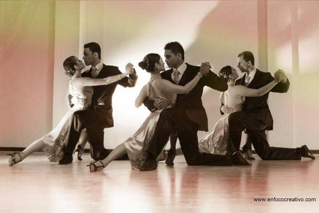A Puro Tango (2)