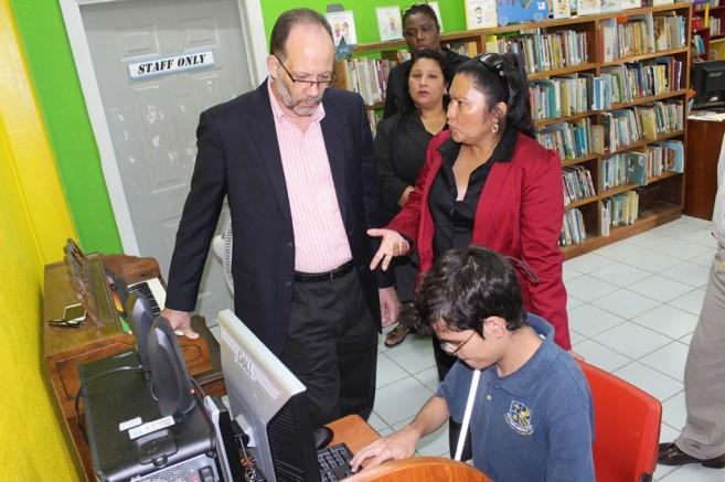 CARICOM Donates to Leo Bradley Libary (3)