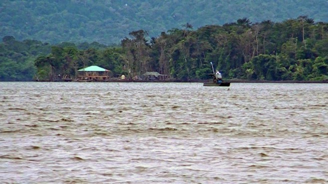 "Guatemal gun boat in front of the FOB clearly in Belize's water"" photo credit PGTV"