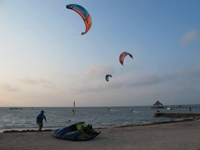 Sailors sail from Ambergris Caye to Placencia (13)