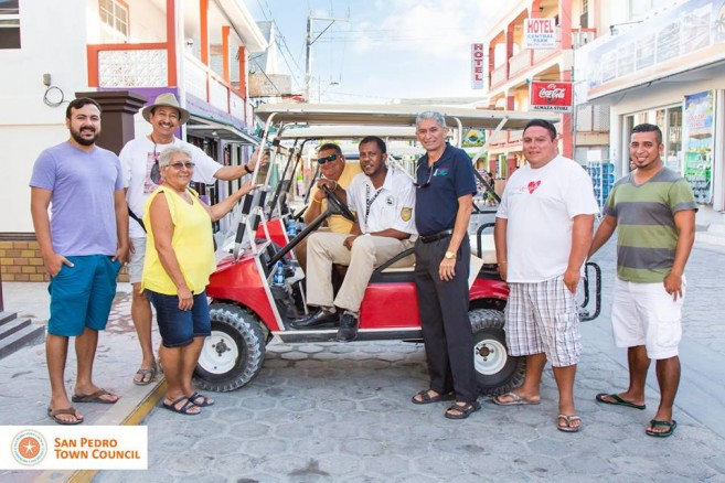 20 SPTC donates golf cart to health inspector
