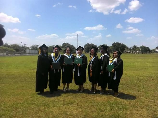 21 Primary School Teachers Graduate Group