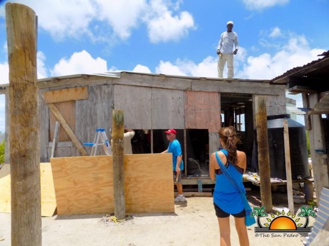 Volunteers help rebuild San Mateo-2