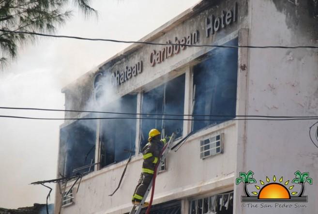 chateau-caribbean-hotel-burns-down-5