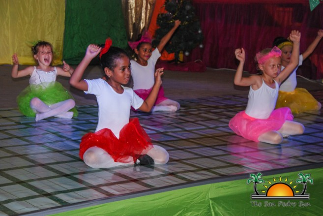 tropical-christmas-dance-academy-show-20