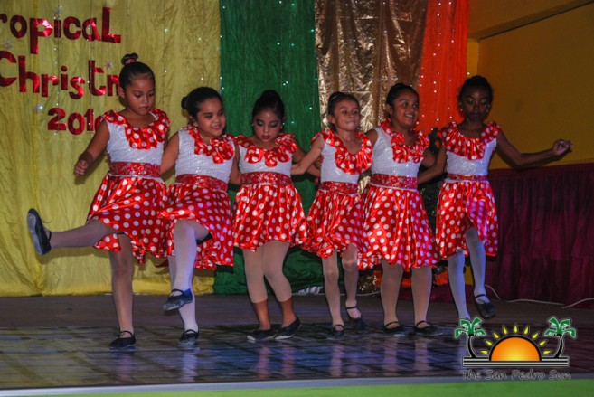 tropical-christmas-dance-academy-show-27