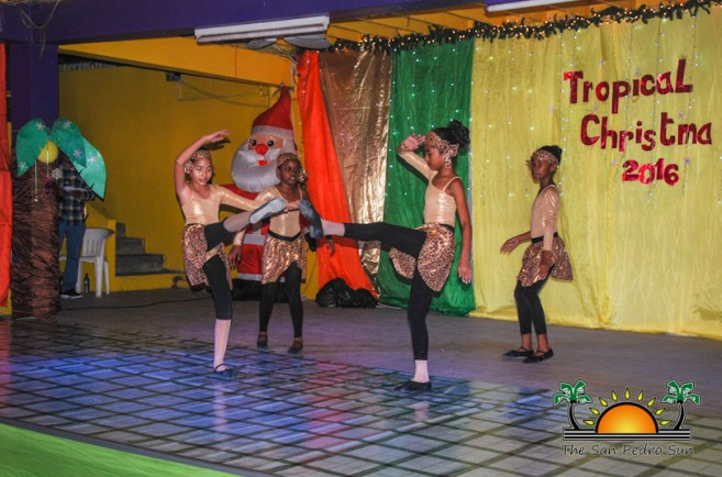 tropical-christmas-dance-academy-show-34