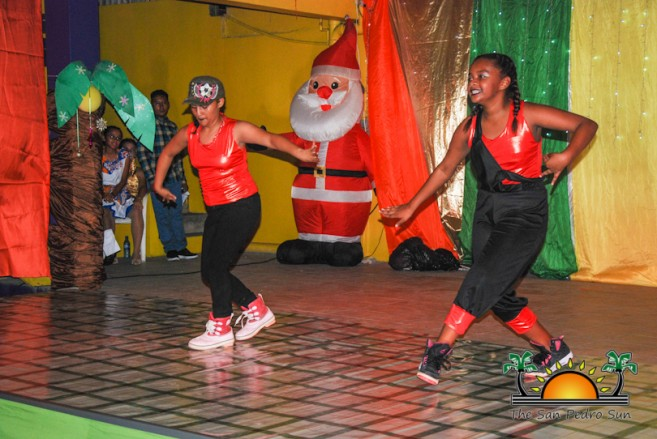 tropical-christmas-dance-academy-show-40