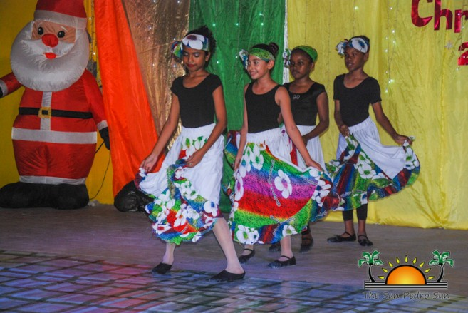 tropical-christmas-dance-academy-show-41